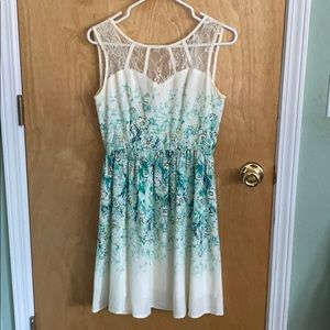 Lace detail top floral print dress